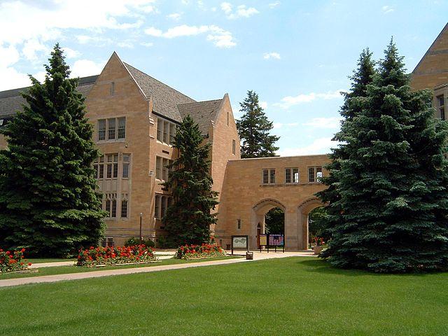 640px-st_thomas_campus